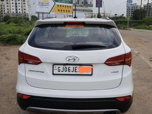 Hyundai Santa Fe 2 WD, 2015, Diesel MT for sale in Vadodara-14