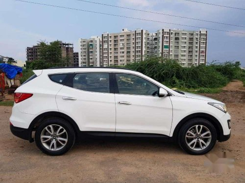 Hyundai Santa Fe 2 WD, 2015, Diesel MT for sale in Vadodara