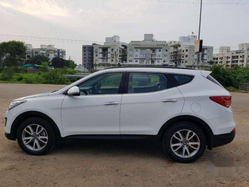 Hyundai Santa Fe 2 WD, 2015, Diesel MT for sale in Vadodara-10