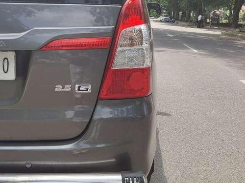 Toyota Innova 2.5 G 8 STR BS-IV, 2014 MT for sale in Chandigarh