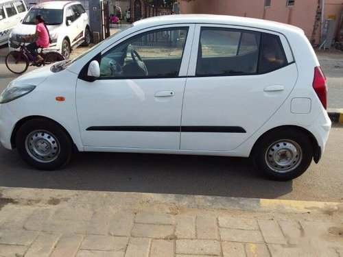 Used Hyundai i10 Magna 2014 MT for sale in Ahmedabad