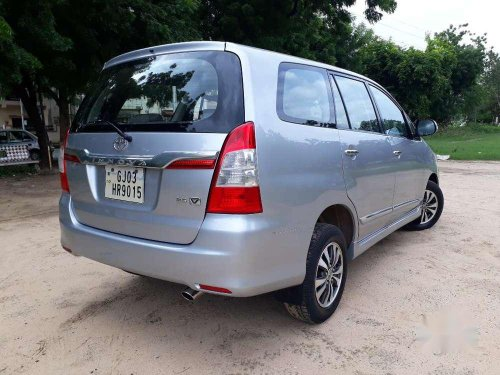 Used 2015 Toyota Innova MT for sale in Ahmedabad -4