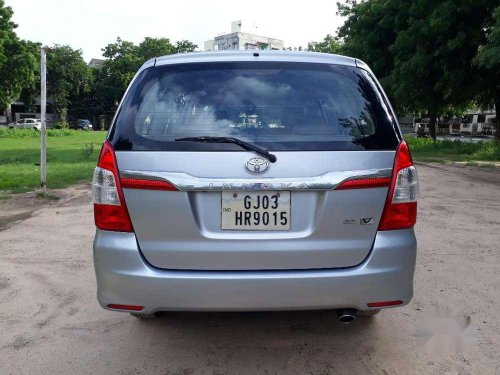 Used 2015 Toyota Innova MT for sale in Ahmedabad -16