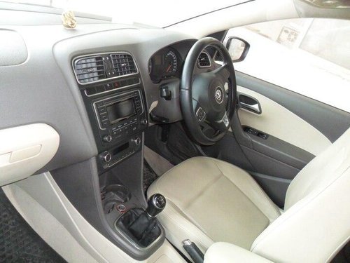 Volkswagen Vento Petrol Highline 2013 MT for sale in Bangalore