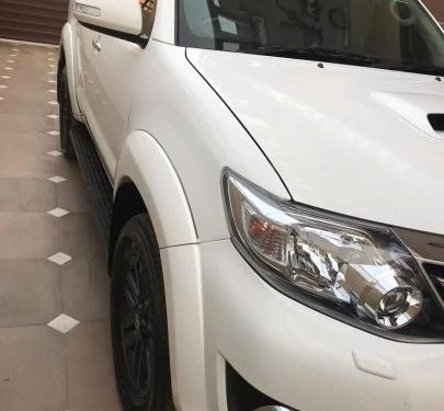 Used 2015 Toyota Fortuner 4x4 MT for sale in New Delhi