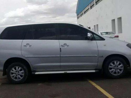 Toyota Innova 2011 MT for sale in Tirunelveli