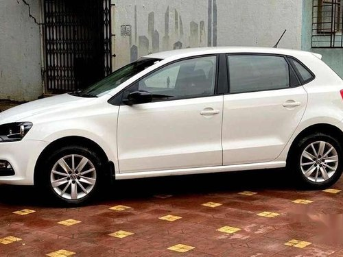 Volkswagen Polo Highline Petrol, 2016, Petrol MT in Mira Road