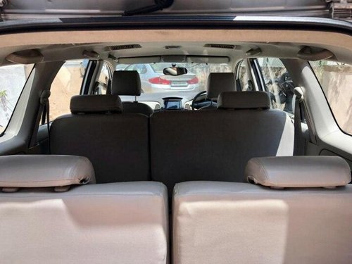 Used 2011 Toyota Innova 2004-2011 MT for sale in Chennai