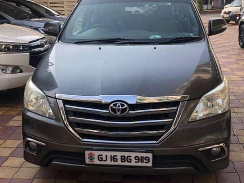 2014 Toyota Innova MT for sale in Anand-5