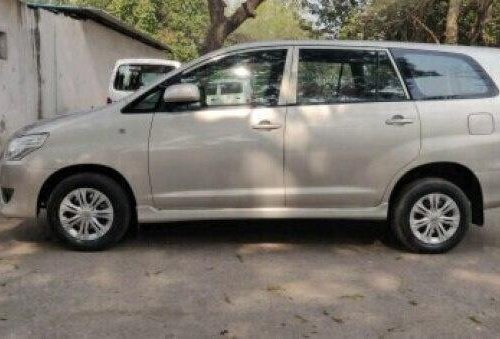 2013 Toyota Innova 2.5 GX (Diesel) 8 Seater MT in New Delhi