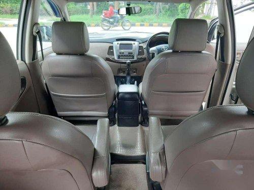 Toyota Innova 2.5 ZX BS IV 7 STR, 2015, Diesel MT in Chandigarh
