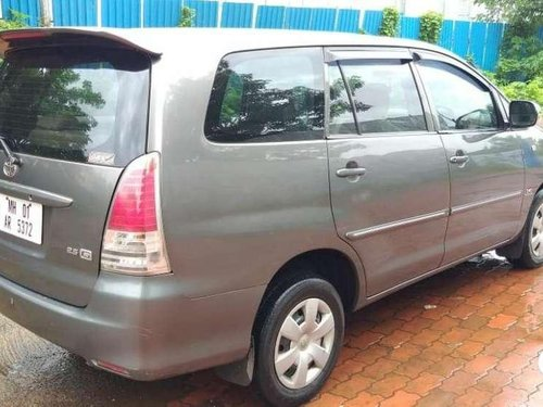 Toyota Innova 2010 MT for sale in Thane