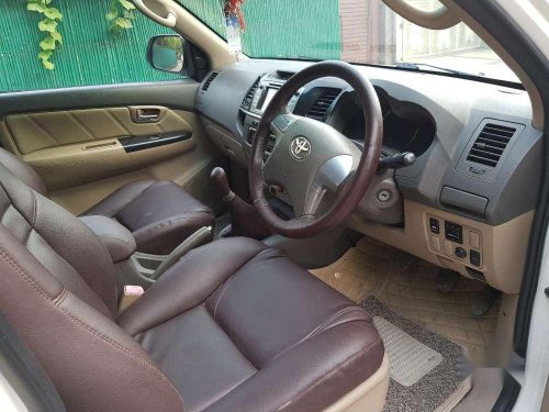 Toyota Fortuner 4x2 Manual 2013 MT for sale in Ghaziabad