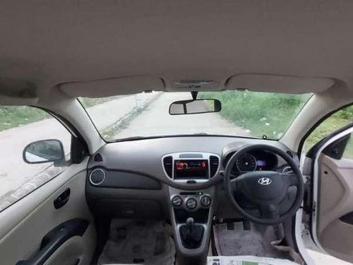 Hyundai i10 Magna 1.2 2013 MT for sale in Ahmedabad