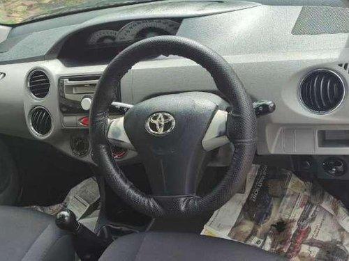 Used Toyota Etios V 2011 MT for sale in Gandhinagar