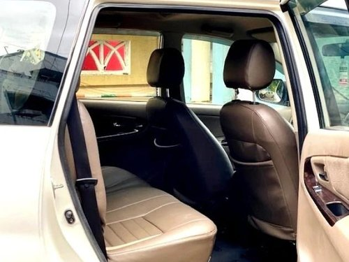 Toyota Innova 2.5 VX (Diesel) 8 Seater 2015 MT for sale in Mumbai-3