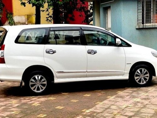 Toyota Innova 2.5 VX (Diesel) 8 Seater 2015 MT for sale in Mumbai-8