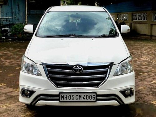 Toyota Innova 2.5 VX (Diesel) 8 Seater 2015 MT for sale in Mumbai-9