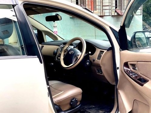 Toyota Innova 2.5 VX (Diesel) 8 Seater 2015 MT for sale in Mumbai-4