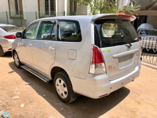 Used 2011 Toyota Innova MT for sale in Chennai-6