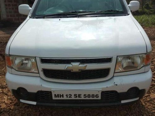Chevrolet Tavera Neo 3-10 STR BS-IV, 2013, Diesel MT for sale in Kolhapur