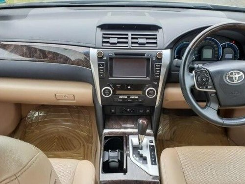 Used 2014 Toyota Camry AT for sale in Chennai