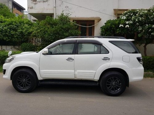 Used Toyota Fortuner 4x2 AT 2015 AT for sale in Gurgaon