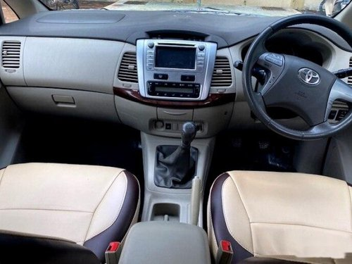 Toyota Innova 2.5 VX (Diesel) 8 Seater 2013 MT for sale in Mumbai