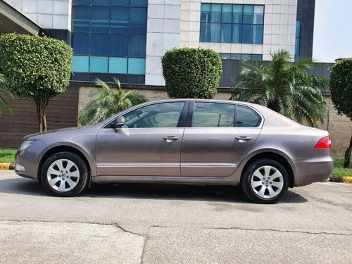 Used 2013 Skoda Superb AT for sale in New Delhi