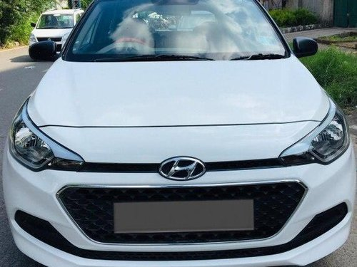 Hyundai i20 Magna 1.4 CRDi 2015 MT for sale in New Delhi -9