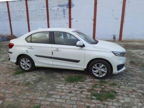 Used 2018 Honda Amaze V Petrol MT for sale in New Delhi