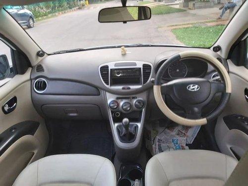 Hyundai i10 Magna 2011 MT for sale in Bangalore