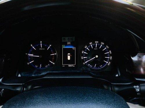 Used 2019 Toyota Innova Crysta 2.4 VX MT in New Delhi