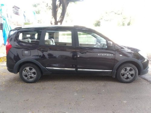 2015 Renault Lodgy Stepway 110PS RXL 8S MT in Hyderabad
