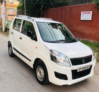 Used 2017 Maruti Suzuki Wagon R LXI CNG MT for sale in New Delhi-4