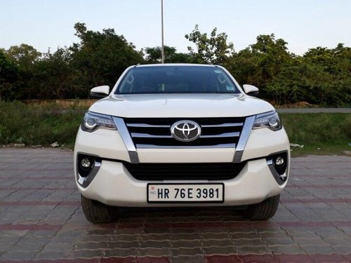 Used 2018 Toyota Fortuner 4x4 AT for sale in New Delhi