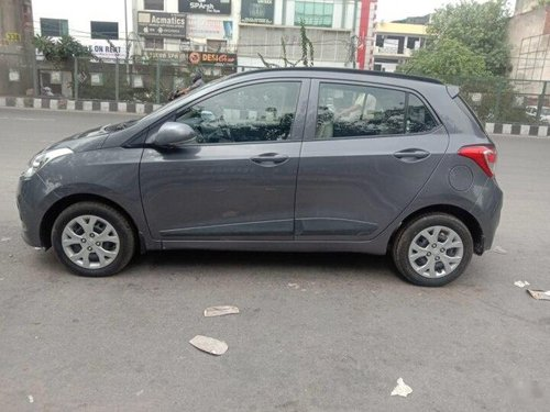 Hyundai Grand i10 CRDi Sportz 2015 MT for sale in New Delhi