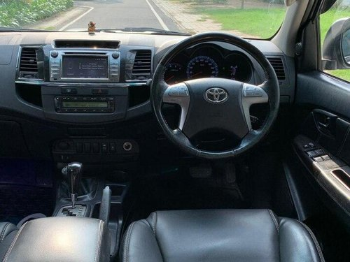 Used 2015 Toyota Fortuner 2.8 4WD AT for sale in New Delhi