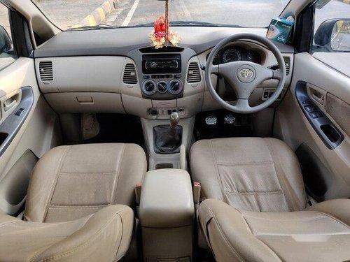 Toyota Innova 2.5 GX 8 STR 2010 MT for sale in Mumbai