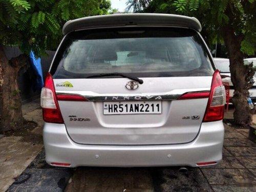 2011 Toyota Innova 2.5 VX 7 STR BSIV MT for sale in Faridabad