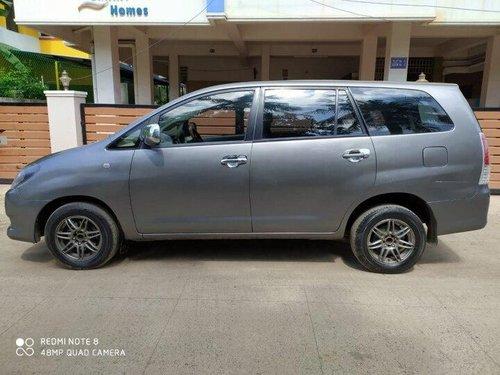 Toyota Innova 2.5 G4 Diesel 8-seater 2011 MT for sale in Chennai