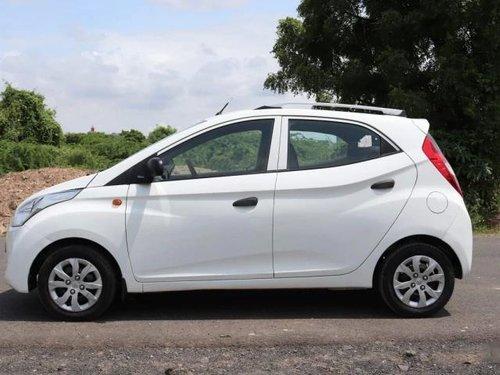 2017 Hyundai Eon Magna Plus MT in Ahmedabad