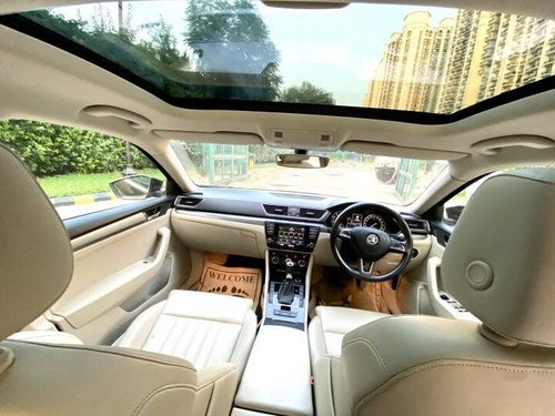 2016 Skoda Superb Style 1.8 TSI AT in New Delhi-10