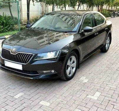 2016 Skoda Superb Style 1.8 TSI AT in New Delhi-0