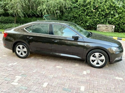 2016 Skoda Superb Style 1.8 TSI AT in New Delhi-4