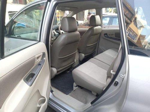 2014 Toyota Innova MT for sale in New Delhii
