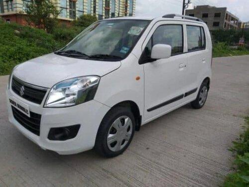 Used Maruti Suzuki Wagon R VXI 2017 AT for sale in Indore