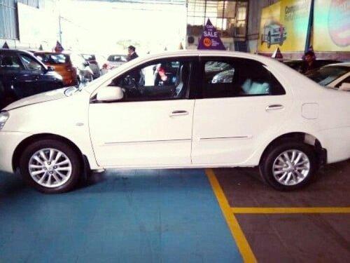 Toyota Platinum Etios V 2011 MT for sale in Indore