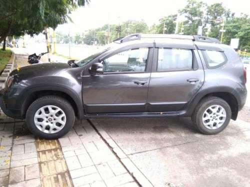 Renault Duster 85PS Diesel RxL 2017 MT for sale in Indore