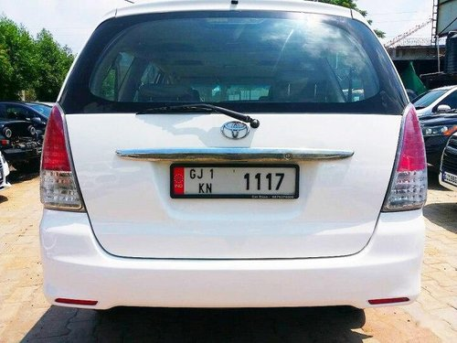 Toyota Innova 2.5 V Diesel 8-seater 2011 MT in Ahmedabad